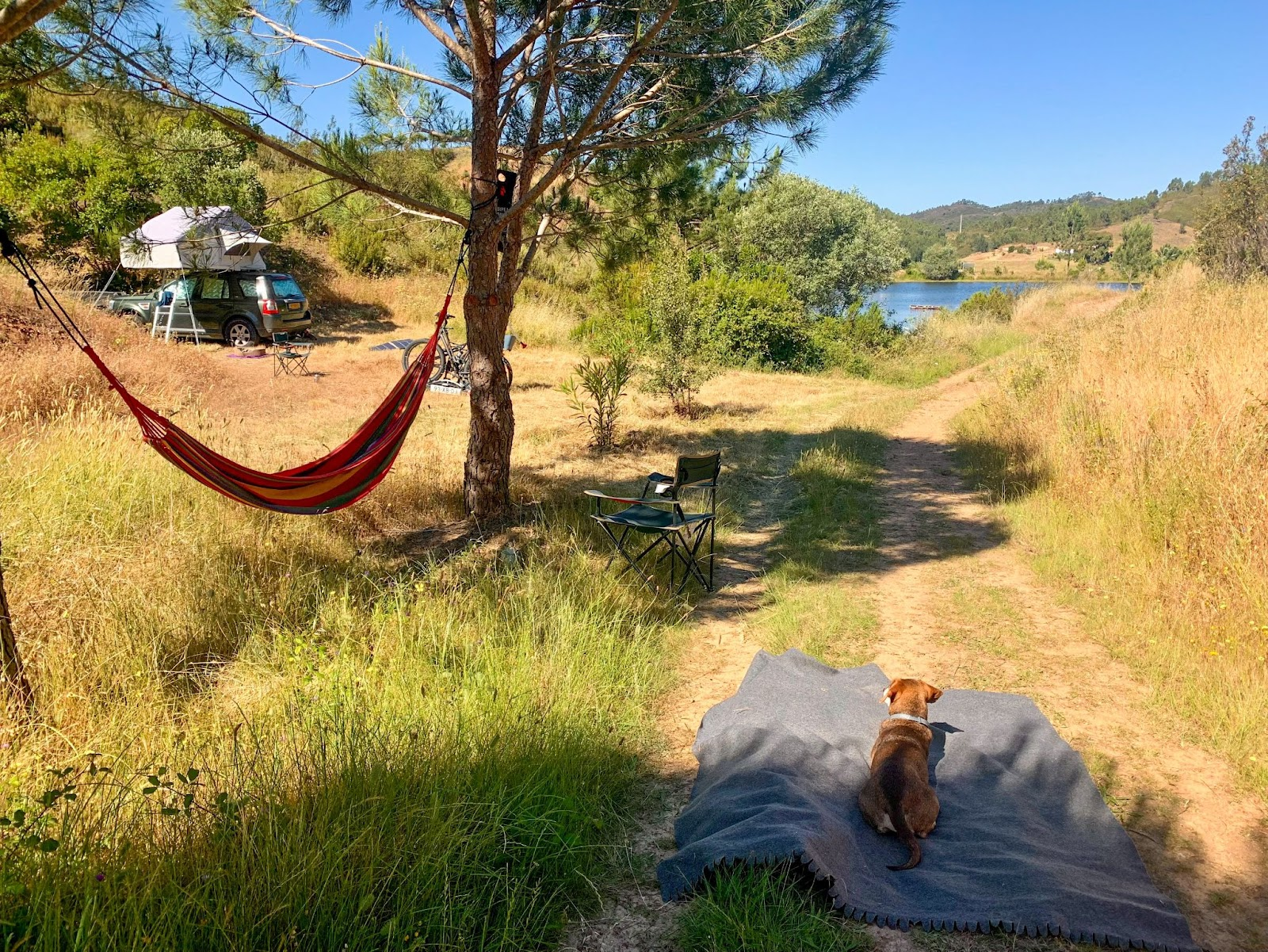 Where to go camping car-tent lake Portugal
