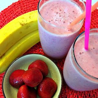 Refreshing Strawberry Banana Smoothie.