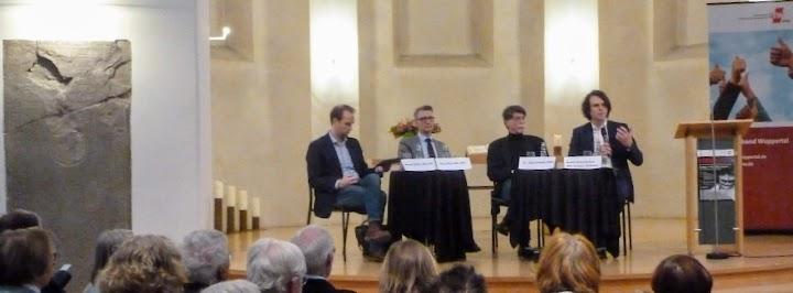 Podiumsdiskussion in der Citykirche Wuppertal-Elberfeld mit Landtagsabgeordneten.