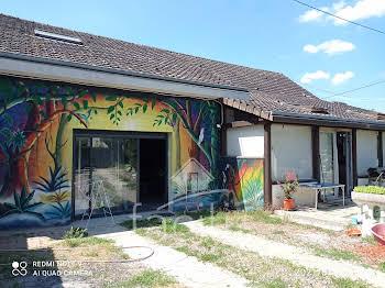 Maison 10 pièces 154 m2