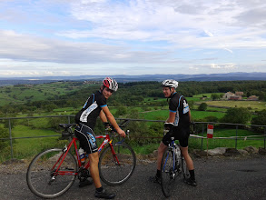 Photo: Marco en Micha op de top van Mont-Saint-Vincent