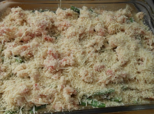 Now top with raw bacon/panko/Parmesan toppings.  Spray with spray oil.
