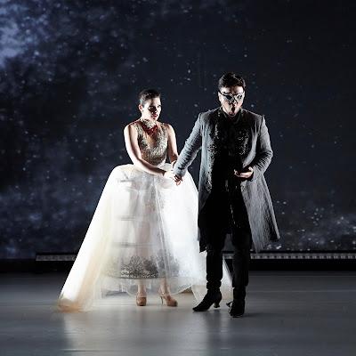 Futuristic Baroque burlesque: Orphée