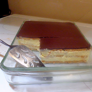 Child's Play - Easy Eclair Cake