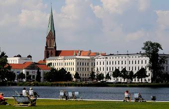 Photo: Altstadtpanorama am Burgsee in Schwerin