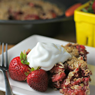 Strawberry Pie With Oatmeal Cookie Crust.