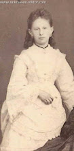 Photo: Алина Антоновна Мотовилова, Санкт-Петербург, около 1875. Фотография Ю. Штейнберга  http://nekrassov-viktor.com/Books/Nekrasov-Alina%20Antonovna.aspx