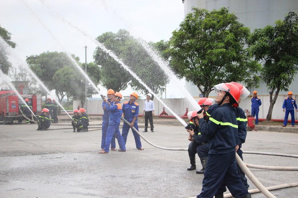 Lực lượng Cảnh sát PCCC&CNCH diễn tập công tác PCCC