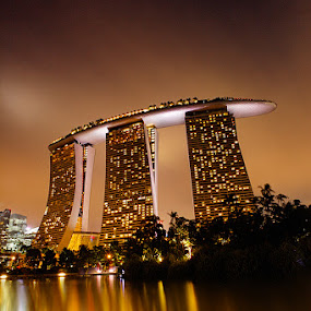 Marina Bay Sands by Edo Kurniawan - Buildings & Architecture Office Buildings & Hotels