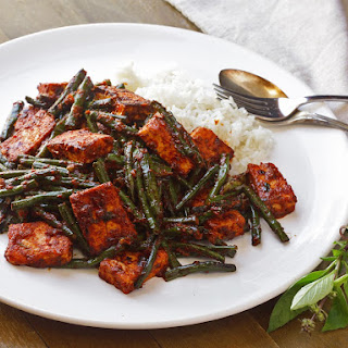 Phat Phrik Khing With Tofu and Long Beans (Thai Dry-Curry Stir-Fry)
