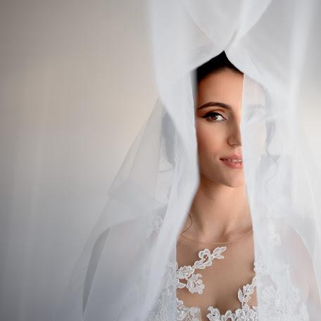 Wedding photographer Nemanja Matijasevic (nemanjamatijase). Photo of 12.01.2018
