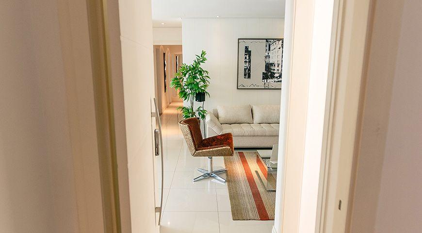 Apartamento Decorado no Edifício Ocean Tower à venda por R$ 2.200.240 – Pioneiros – Balneário Camboriú/SC