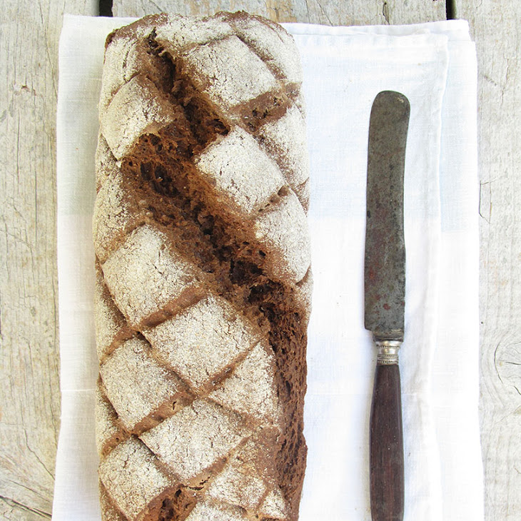 Dark Bread with Caraway