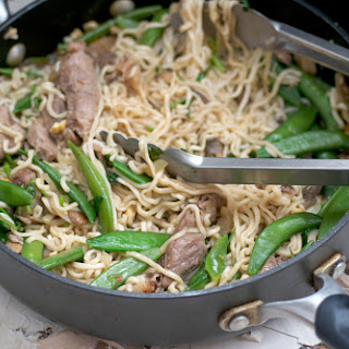 Spicy Buffalo Steak, Ramen & Snap Pea Stir Fry