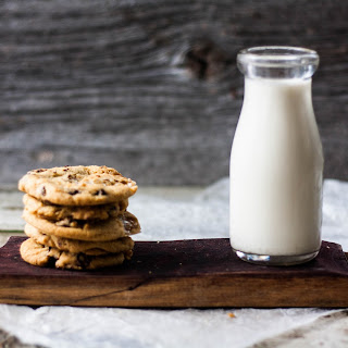 Chocolate Chip & Marshmallow Cookies Recipe