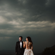 Wedding photographer Nikos Roussis (roussis). Photo of 27.12.2017