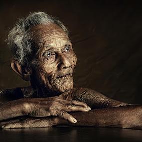OLD MEN by Abe Less - People Portraits of Men ( senior citizen )