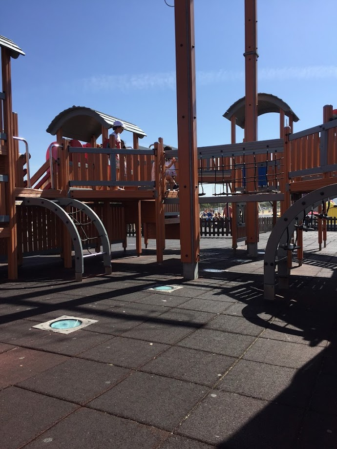 Foto Parque Infantil do Barco - Porto de Mar 3