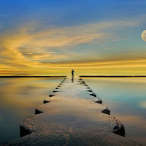 Full Moon @Candidasa Beach, Bali by Ketut Manik - Landscapes Waterscapes