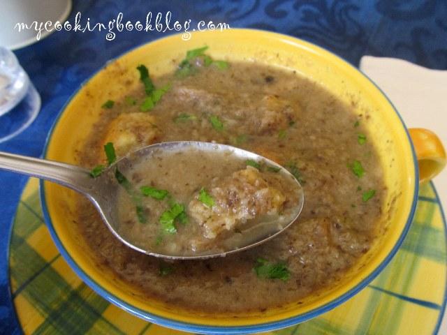 Гъбена супа с кимион и червен пипер