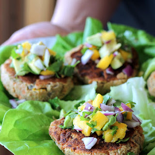 Jalapeno Chickpea Lentil Burgers with Sweet Mango Avocado Pico {Vegan, Gluten-Free} Recipe