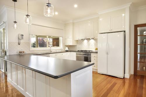 Photo of property at 425 Wallington Road, Wallington 3222