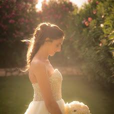 Wedding photographer Tania Mura (TaniaMura). Photo of 02.10.2017