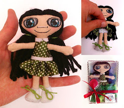 Photo: Anana leda #0 Muñeca de tela de algodón cosida enteramente a mano, pelo de lana, cara pintada con pintura de tela. Numeradas y con certificado de adopción, no hay dos iguales. Semi personalizable.