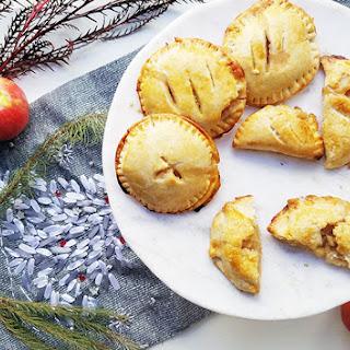 Spiced Apple Pear Pie Pockets