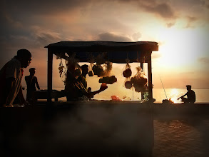 Photo: しゃて おうち帰る〜♪  Photo at Manila Bay Philippines http://boss-photos.com/on-the-way-home/