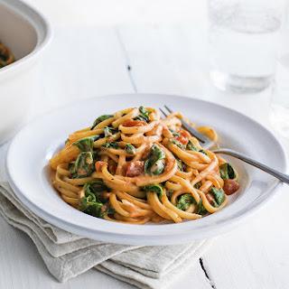 One-Pot Tomato and Mascarpone Linguine Recipe