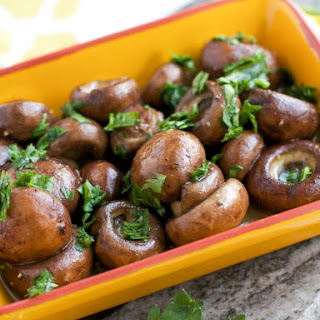Mushrooms with Sherry and Garlic Sauce