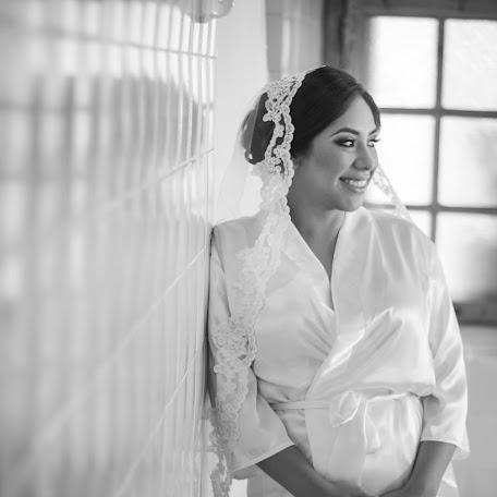 Wedding photographer Rodolfo Garza (RGarza). Photo of 05.10.2017