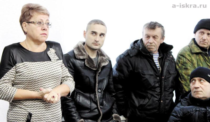 Как пояснила Галина Канахина, приказ о сокращении издан  для защиты работников АМЗ
