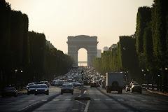 Visiter Champs Elysées