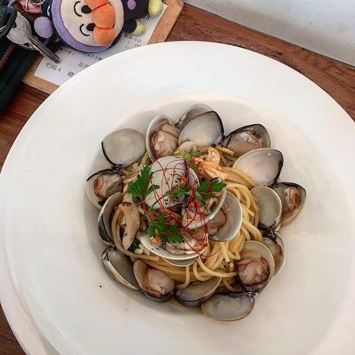 回訪超多次,最愛清炒白酒蛤蜊義大利,蛤蜊很新鮮。