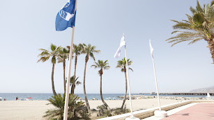 Imagen de archivo de una bandera azul en la capital.