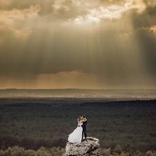 Wedding photographer Krzysztof Krawczyk (KrzysztofKrawczy). Photo of 20.04.2019