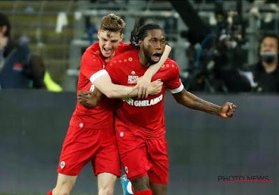 'Antwerp-spelers mogen aardige bonus verdelen door zege tegen Anderlecht en het behalen van derde plaats'