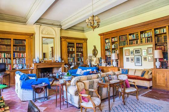 Vente château 30 pièces 1000 m2