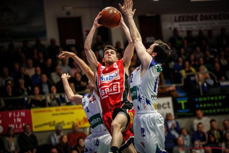 Limburg United wint opnieuw en staat aan de leiding in Poule B