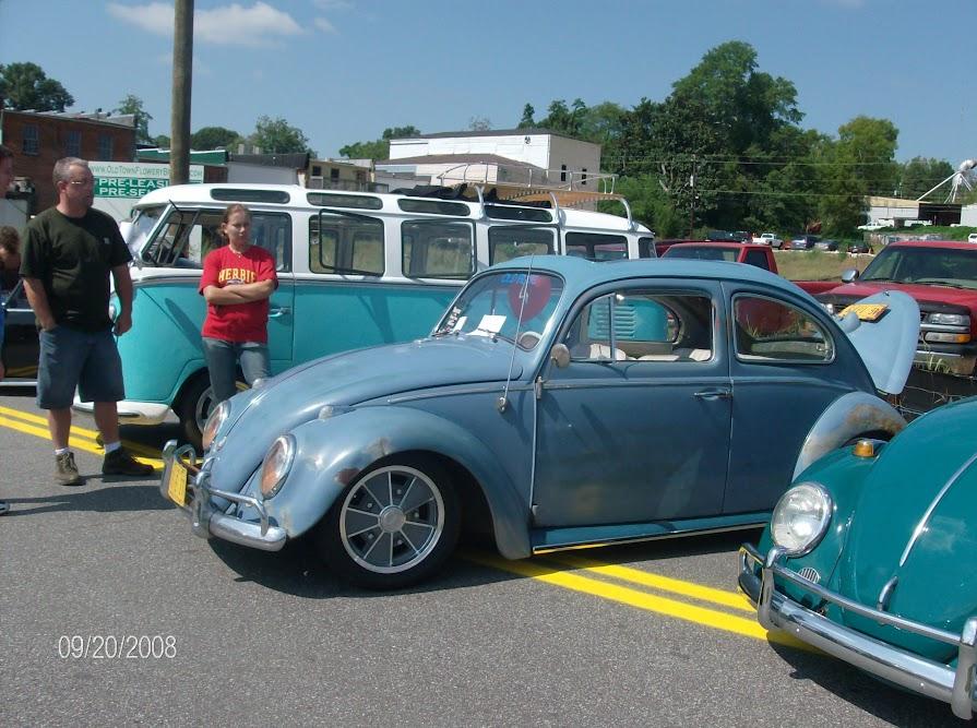 1961 Gulf Blue Ragtop  M-285AbcnLqoWgyHfM61omJmTqj9bW_yMhrcMYSXIts=w895-h667-no