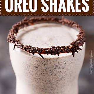 Boozy Baileys Oreo Milkshake.