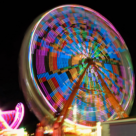 Ferris Wheel by Hal Gonzales - Abstract Patterns ( patterns, spinning, colors, blocks, ferris wheel,  )