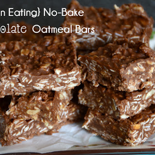 Clean Eating No-Bake Chocolate Oatmeal Bars