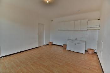 appartement à Trets (13)