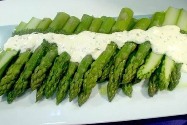 Asparagus With White Sauce Recipe