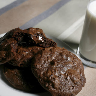 MILK'S OOEY-GOOEY CHOCOLATE COOKIES