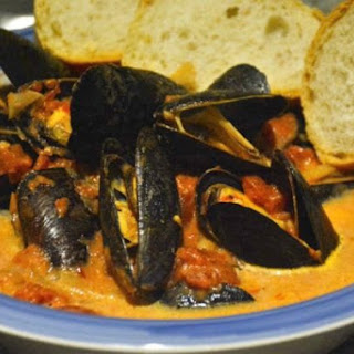 Slow Cooker Creamy Tomato Mussels.