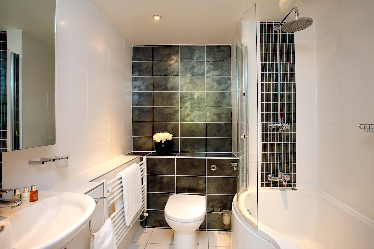 Bathroom at Lamb Conduit Street Apartments